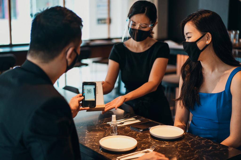 ¿Por qué utilizar el Menú QR Digital en el servicio presencial de mi restaurante?